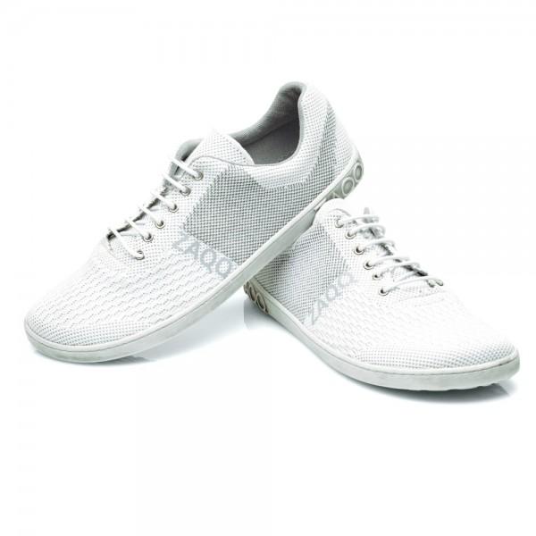 weisser-Sneaker-Sommerkleid