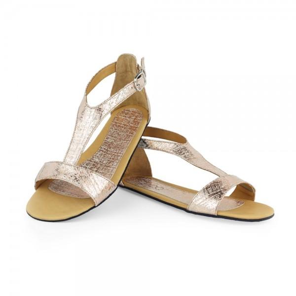 Gold-Sandalette-Barfuss